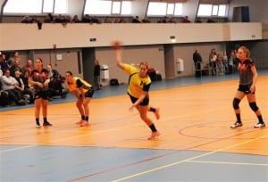 Eline Legtenberg scoort 10 keer tegen Breda