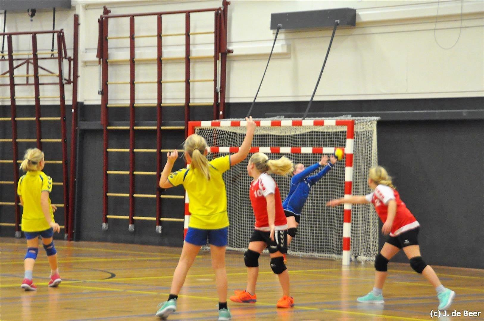 E team 3841 - Borhave start drie nieuwe jeugdteams in 2017!