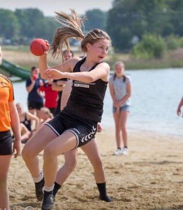 myrthe beach - Myrthe Bomhof bijna geselecteerd voor Beach Dames U16 ??