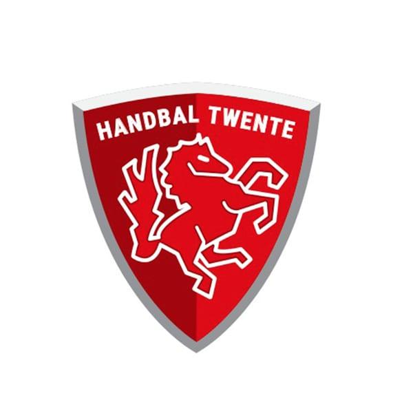HandbalTwente - Jongenshandbal Twente slaat de handen in een!